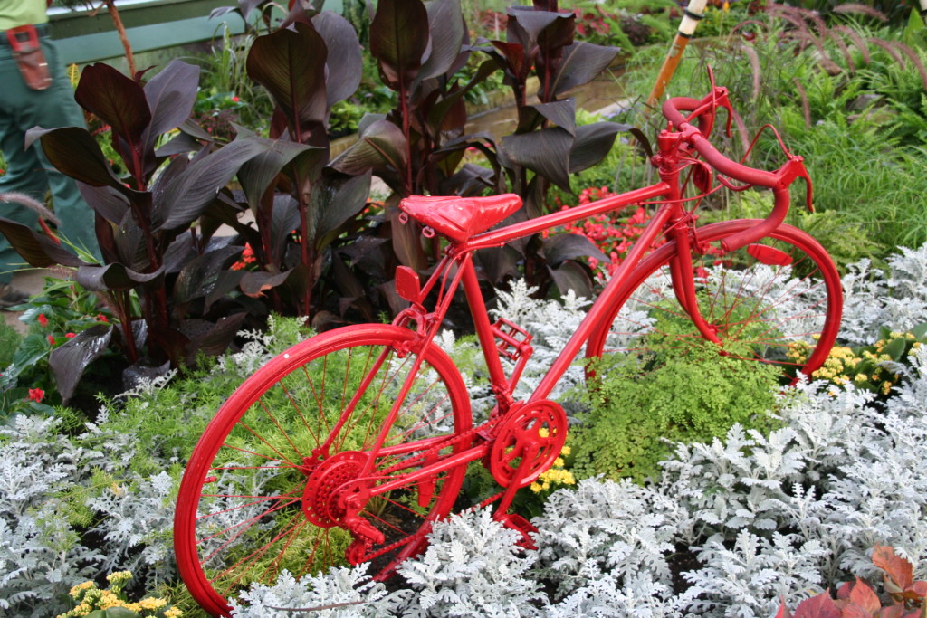 A Niagara Parks Floral Showhouse tribute to the Pan Am Cycling competitions which include BMX, Mountain Biking, Road and Track.